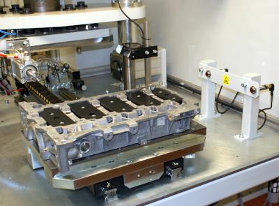 Automotive bedplate casting leak test fixture
